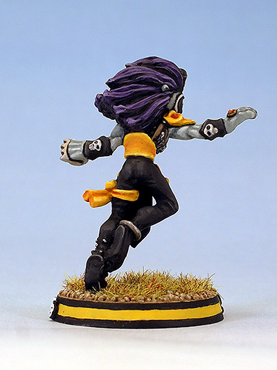 Citadel Miniatures Dark Elf Blood Bowl Witch Elf